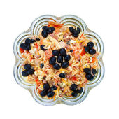 Delicious salad with ham, cheese and black olives — Stock Photo