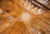 Interior of the famous cathedral of Burgos — 图库照片
