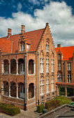 Typical houses in the old town of Bruges — Stock Photo