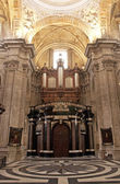 Intérieur de la célèbre cathédrale — Photo