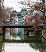 Nice canal with houses in Strasbourg — Stock Photo