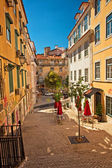 Nice houses in the old town of Lisbon — Foto de Stock