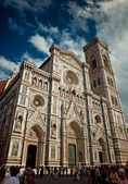 Wonderful sky colors in Piazza del Duomo - Firenze. — Stock fotografie