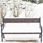Snowy bench — Stock Photo #43515051
