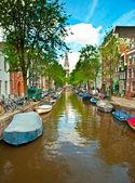 Kanäle in amsterdam — Stockfoto