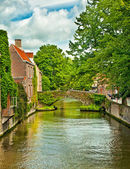 Houses along the canals of Brugge — Stock fotografie