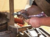 Forgeron forgé fer smith enclume hammerman — Photo