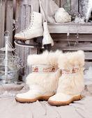 Zimní boty. starý staromódní styl — Stock fotografie