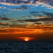 Beautiful bright sunset on the sea — Foto Stock