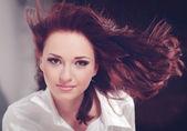 Beauty woman portrait. Hairstyle. — Stockfoto