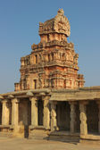 One of the towers of the Krishna temple in Hampi — Stock Photo