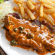 Beefsteak with french fries — Stockfoto