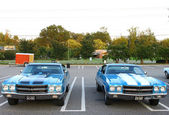 Two Vintage 1970 Chevrolet Chevelle SS 454's — Stock Photo