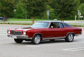 1971 chevrolet monte carlo — Photo