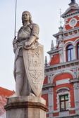 Saint Roland i Riga old town — Stock Photo