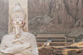 Temple of Hatsepsut in Egypt — Stock Photo
