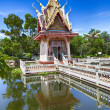 Hua Hin temple pond — Stock Photo