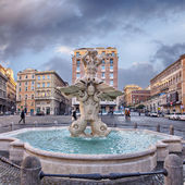 Triton Fountain (Fontana del Tritone) in Rome, Italy — Stock Photo