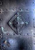Drzwi metalowe — Zdjęcie stockowe