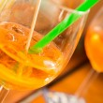 Summer night drinks — Stock Photo