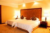 Hotel bedroom — Foto de Stock