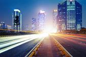 Tracce di luce in città — Foto Stock