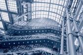 Escada rolante do shopping center — Fotografia Stock