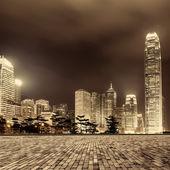 Stad en het plein — Stockfoto