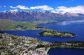 Queens Town and Lake Wakatipu. — Stock Photo