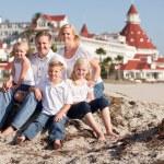 Happy Caucasian Family in Front of Hotel Del Coronado — Stock Photo