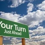 votre panneau de signalisation vert de tour — Photo