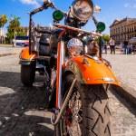Vintage Harley Davidson in Havana — Stock Photo