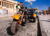 Vintage Harley Davidson in Havana — Stock Photo