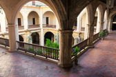 Ancient spanish convent in Old Havana — Stock Photo