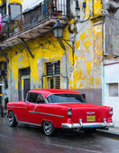 Vintage αμερικανικό αυτοκίνητο στην αβάνα — Φωτογραφία Αρχείου
