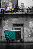 Black and white street scene in Old Havana — Stock Photo