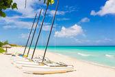 Catamarans at the beach of Varadero in Cuba — Stock Photo