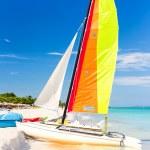Colorful sailing boat at Varadero beach in Cuba — Stock Photo