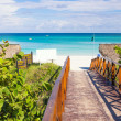 Walkway leading to the beach of Varadero in Cuba — Stock Photo #33129147