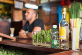 Mojitos at La Bodeguita del Medio in Havana — Stok fotoğraf
