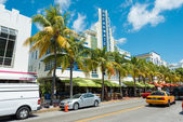 Arquitectura Art deco en ocean drive en south beach, miami — Stockfoto