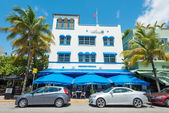 Art Deco architecture at Ocean Drive in South Beach, Miami — Stock Photo