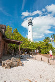 Tourists visit the lighthouse at Key Biscayne — Stock Photo
