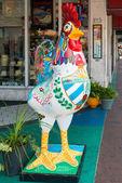 Symbolic rooster sculpture in Little Havana, Miami — Stock Photo