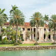Luxurious mansion on Star Island in Miami — Stock Photo #48262983