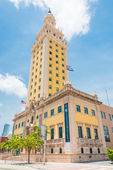 The Freedom Tower in downtown Miami — Zdjęcie stockowe