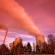 Power plant with huge cooling tower — Foto Stock