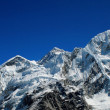 World's highest mountain, Mt Everest (8850m) and Nuptse to right in Himalaya, Nepal. — Stock Photo #17643363