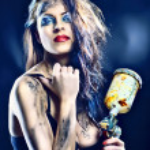 Portrait of a beautiful painter girl — Stock Photo #37799043