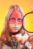 Beautiful indian teen girl with make-up holds dreamcatcher  — ストック写真